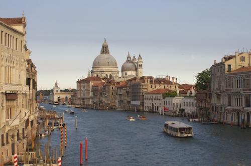 ヴェネチア女性一人海外旅行
